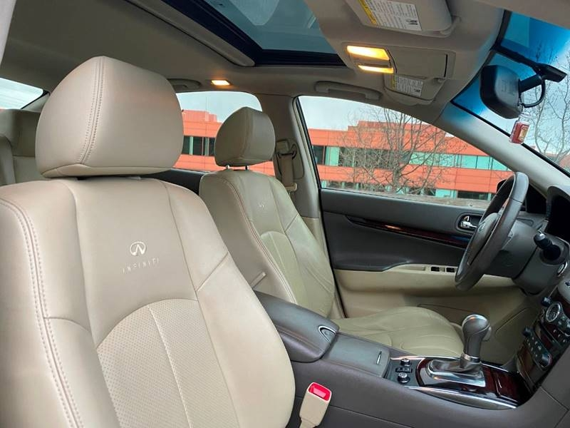 Infiniti G37 Sedan 2013 price $9,497