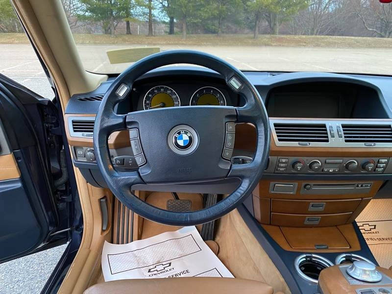BMW 7 Series 2002 price $3,997