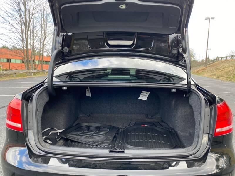 Volkswagen Passat 2012 price $7,497