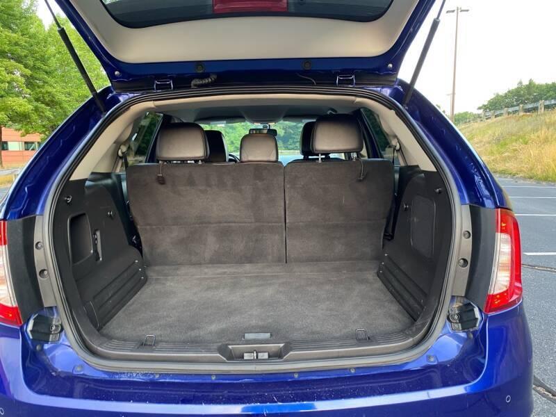 Ford Edge 2013 price $8,997