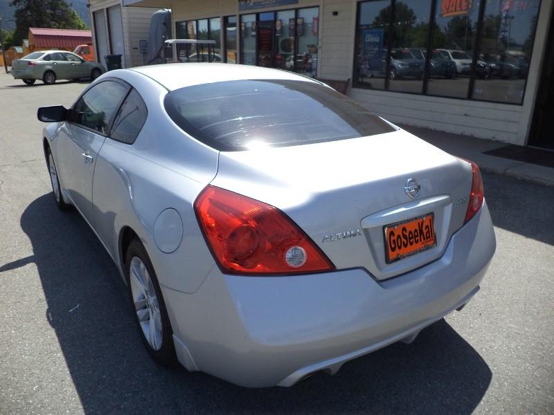 Nissan Altima 2011 price $10,980
