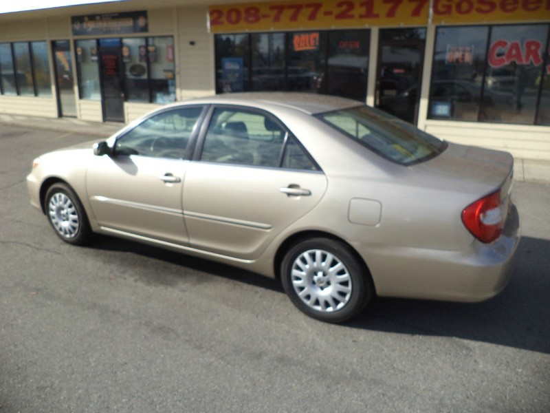 Toyota Camry 2002 price $3,995