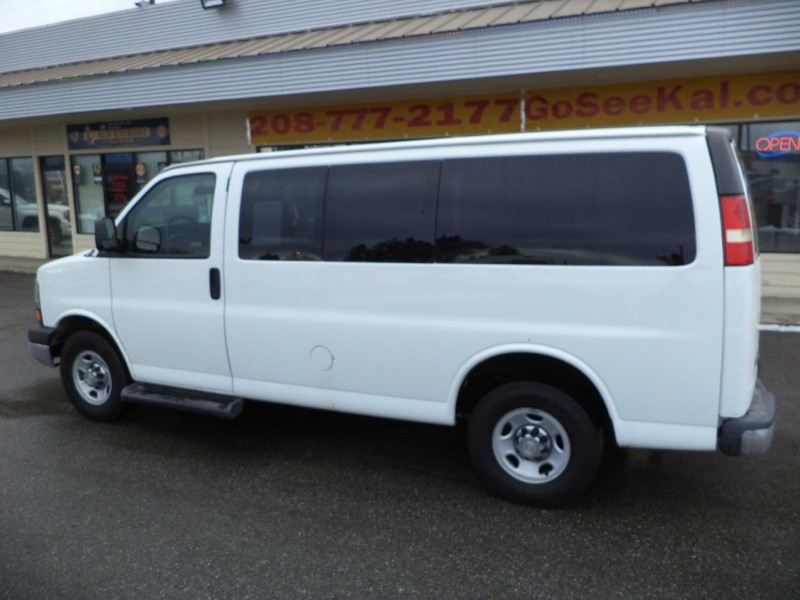 Chevrolet Express Passenger 2014 price $15,695
