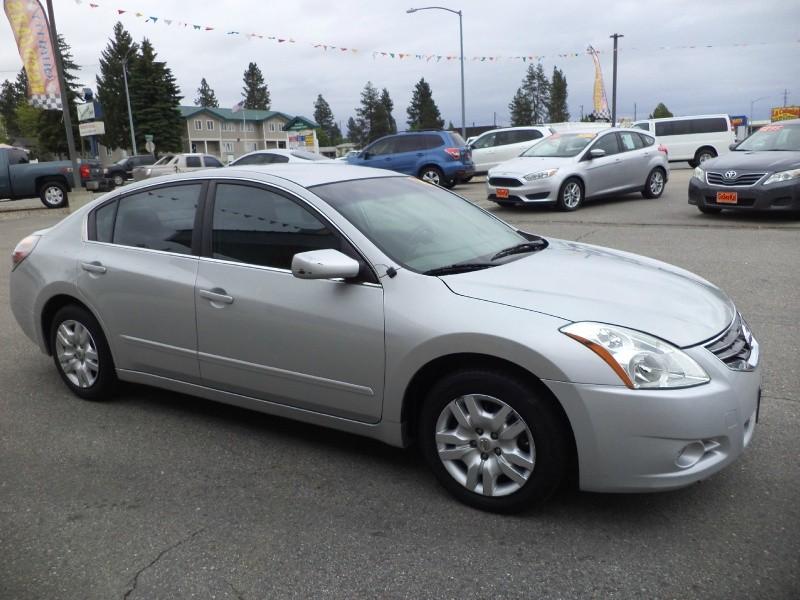 Nissan Altima 2012 price $8,980