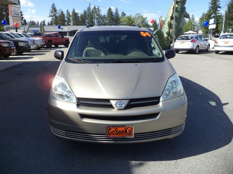 Toyota Sienna 2004 price $3,295