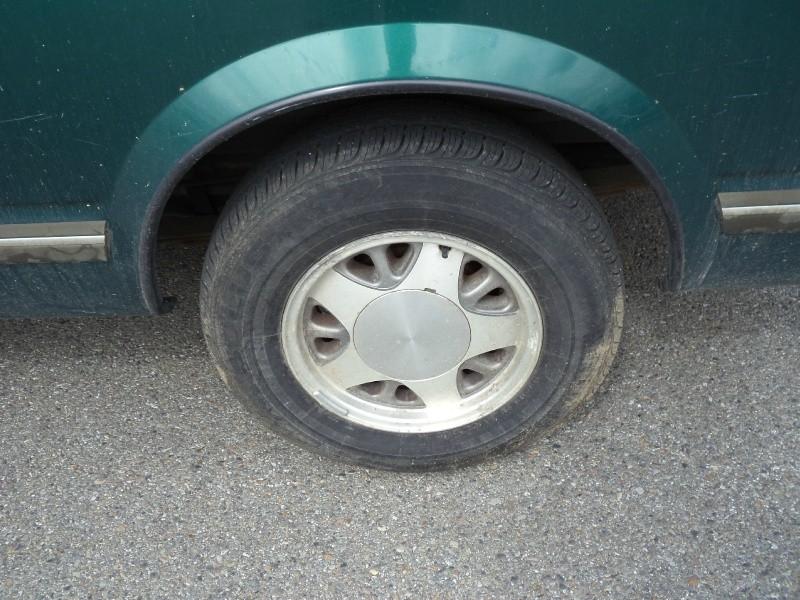 Chevrolet AWD Astro Passenger 1998 price $3,995