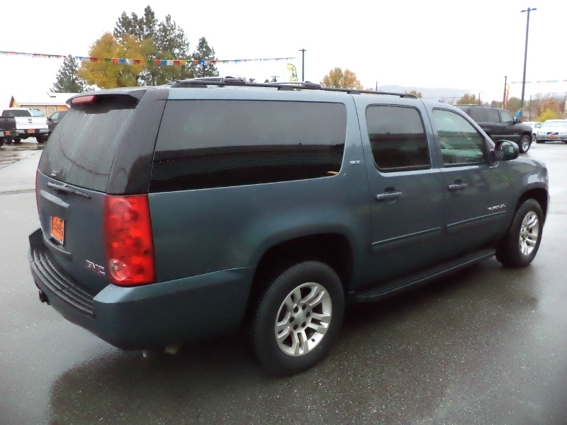 GMC Yukon XL 2010 price $10,995