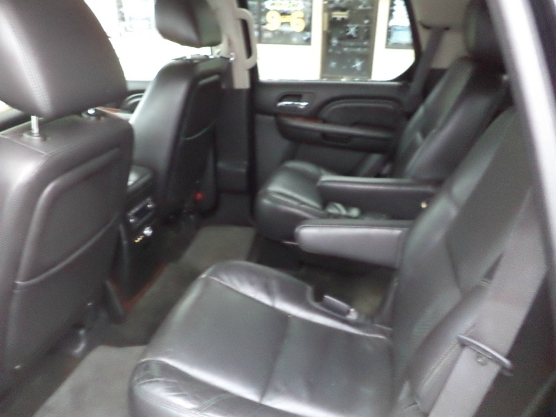 Cadillac Escalade 2012 price $14,995