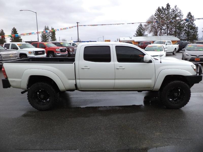 Toyota Tacoma 2009 price $10,820