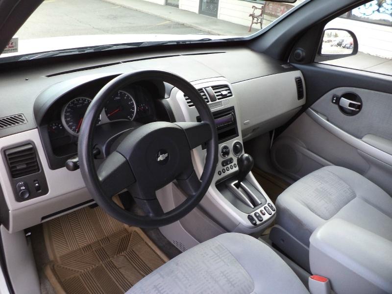 Chevrolet Equinox 2005 price $3,750