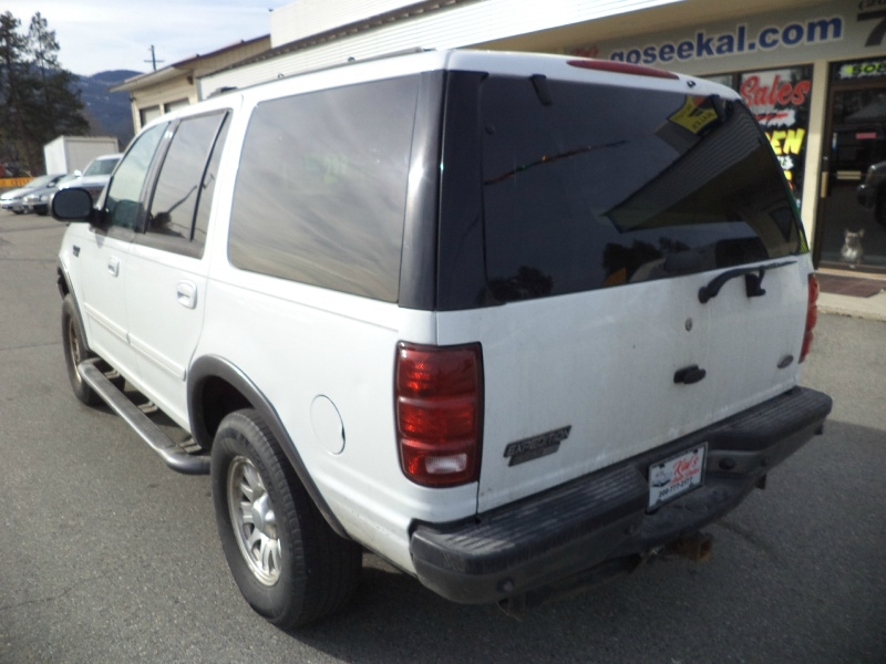 Ford Expedition 2001 price $2,750