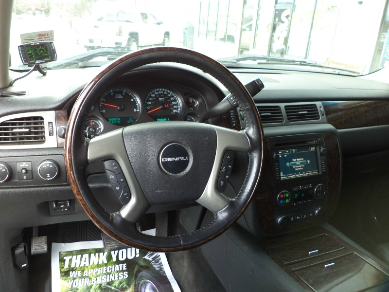 GMC Sierra 2500HD 2011 price $31,995