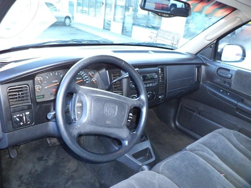 2002 Dodge Dakota Club Cab 4WD Sport