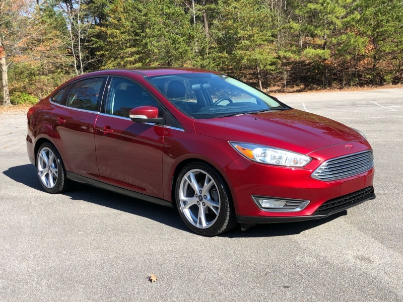 Ford Focus 2016 price $9,980