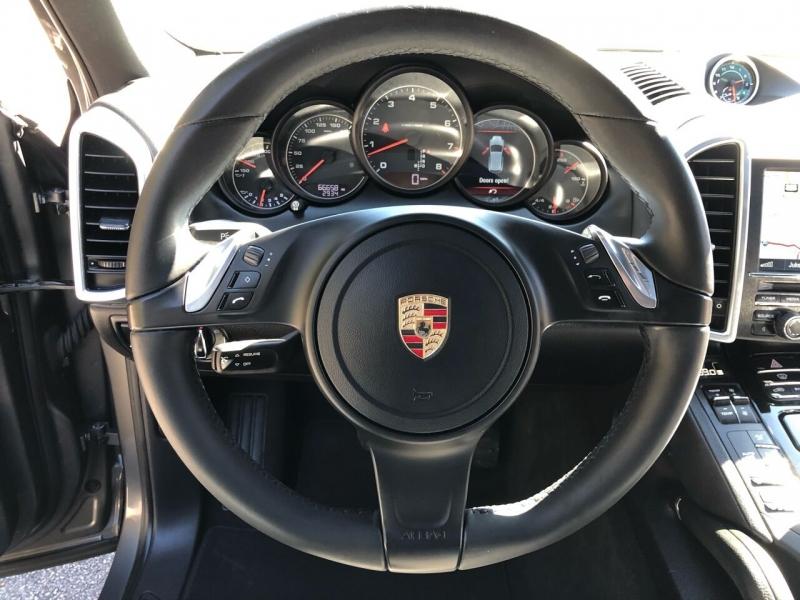 Porsche Cayenne 2014 price $23,980