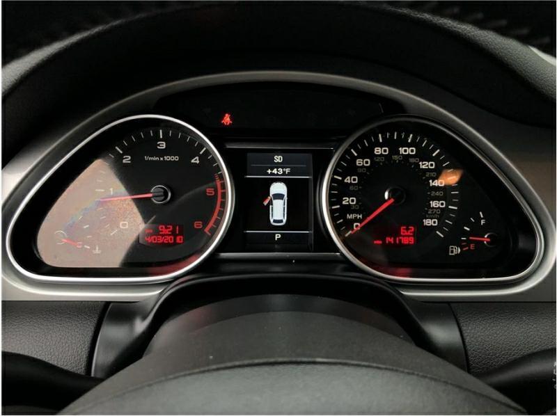 AUDI Q7 2011 price $11,950