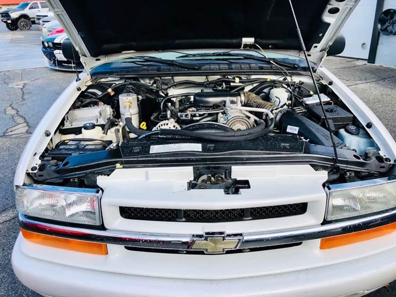 Chevrolet Blazer 2004 price $5,999