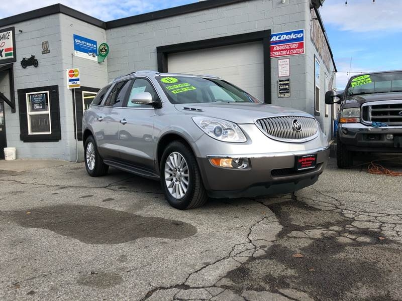 Buick Enclave 2011 price $10,999