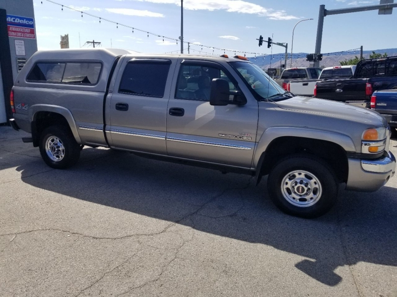 GMC Sierra 2500HD 2003 price $10,989