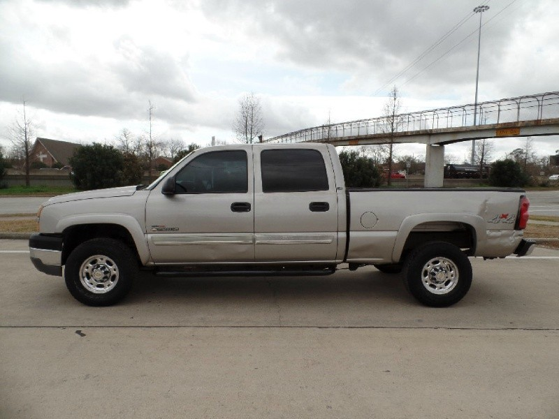 Chevrolet Silverado 2500HD 2005 price $5,986