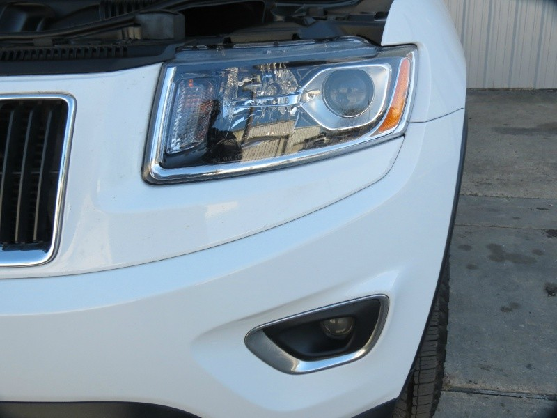 Jeep Grand Cherokee 2015 price $22,998