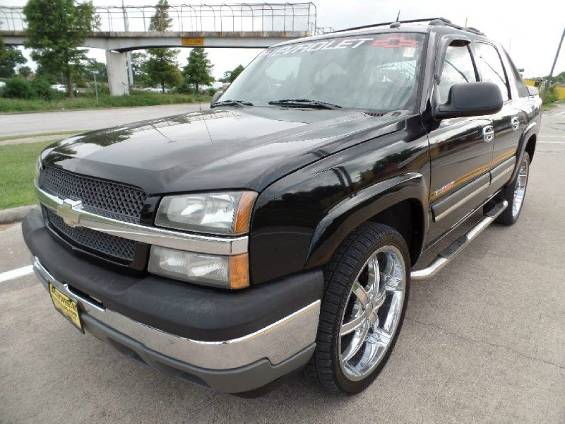 Chevrolet Avalanche 2005 price $8,998
