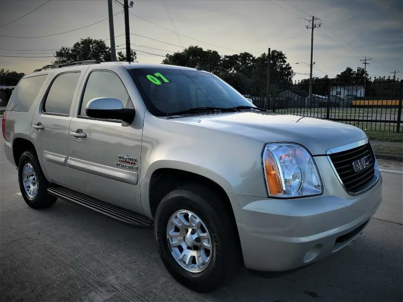 GMC Yukon 2007 price $10,990