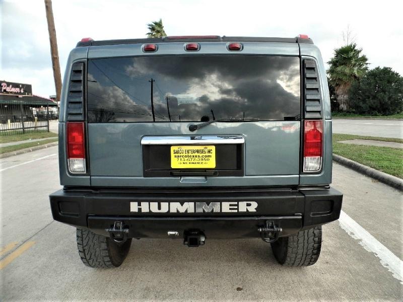 Hummer H2 2005 price $13,990