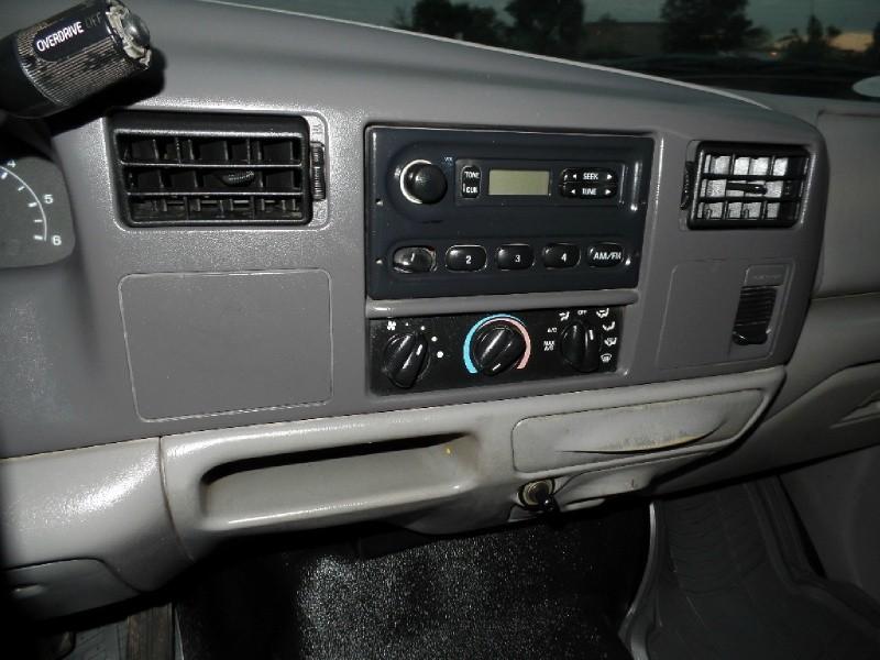 Ford Super Duty F-350 DRW 2000 price $8,990