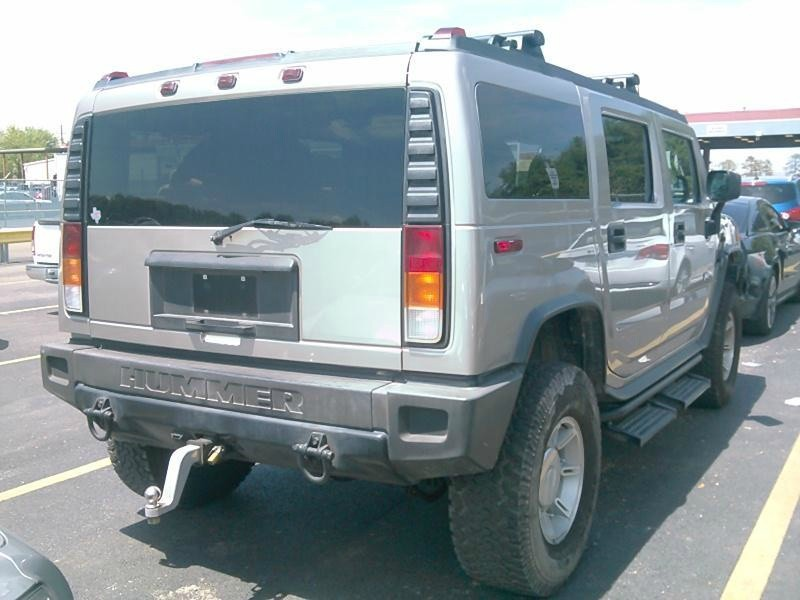 Hummer H2 2003 price $10,998