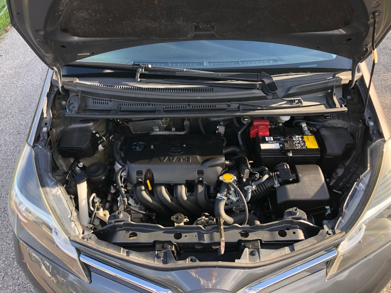 Toyota Yaris 2015 price $9,400