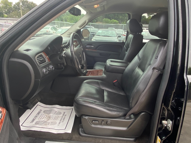 Chevrolet Tahoe 2010 price $13,990