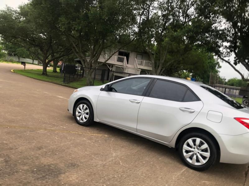 Toyota Corolla 2014 price $8,900