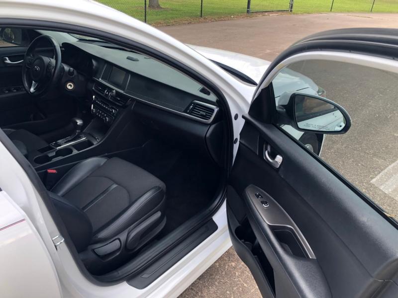 Kia Optima 2018 price $12,000