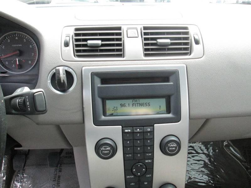 Volvo S40 2005 price $5,380