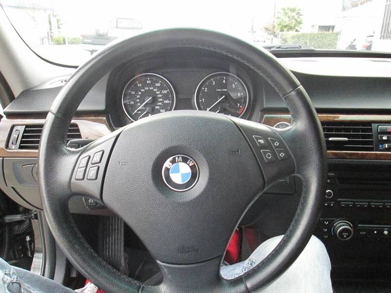BMW 3 Series 2011 price $7,980