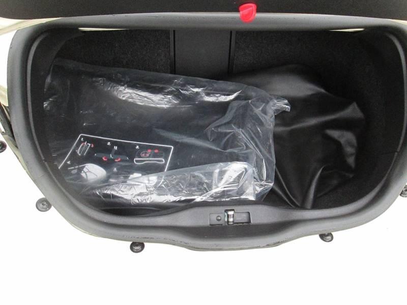 Volkswagen New Beetle Convertible 2009 price $7,980