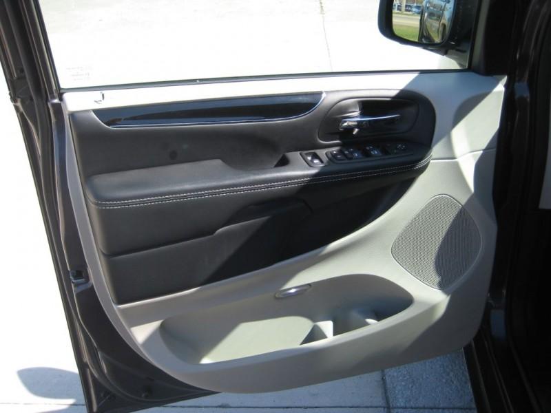 Dodge GRAND CARAVAN 2017 price $17,700