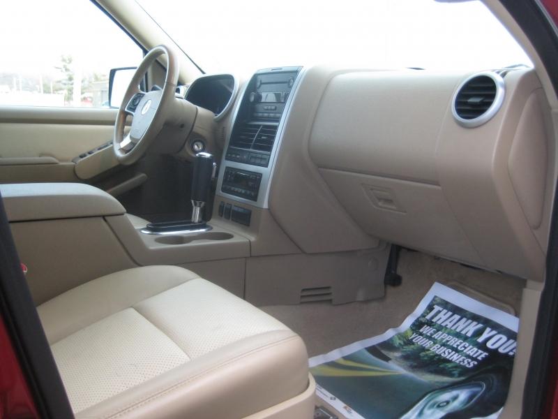 Mercury MOUNTAINEER 2007 price $6,600