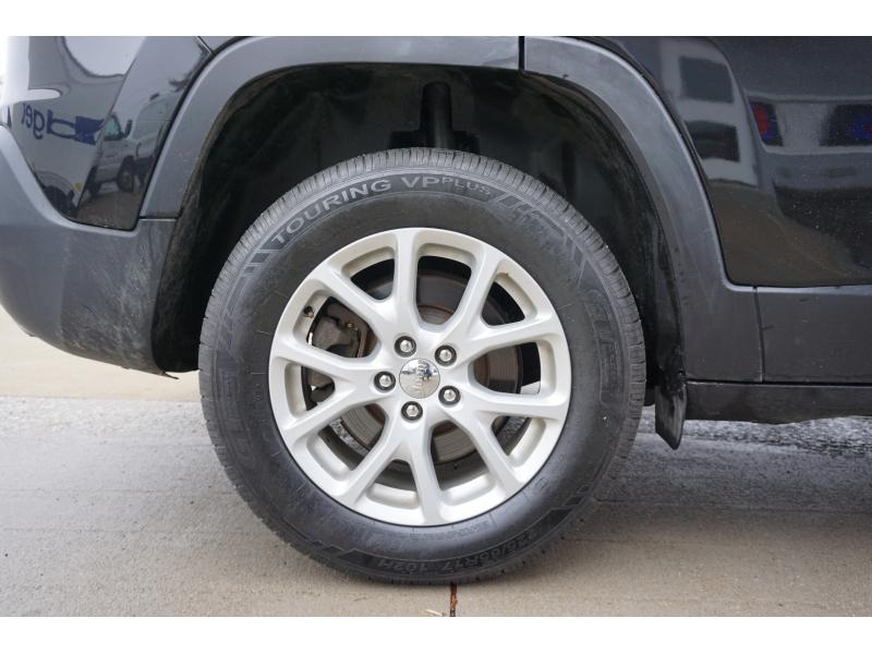 Jeep Cherokee 2016 price $22,200