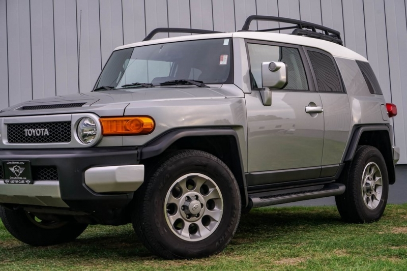 Toyota FJ Cruiser 2011 price $22,980