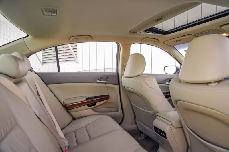 Honda Accord 2010 price $7,190
