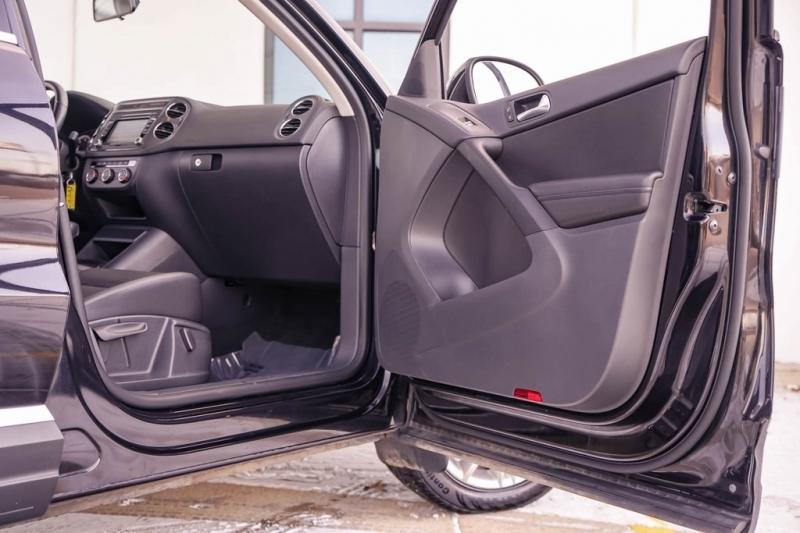 Volkswagen Tiguan 2013 price $11,490