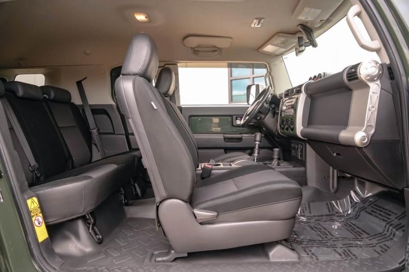 Toyota FJ Cruiser 2010 price $17,880