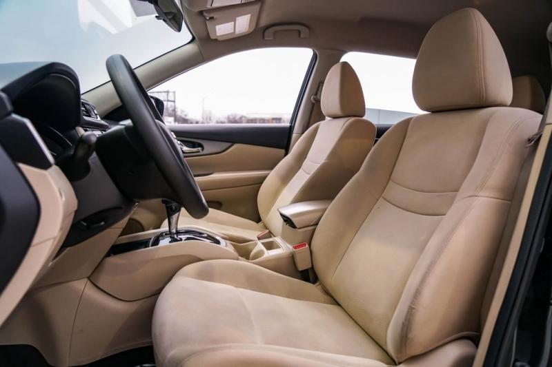 Nissan Rogue 2016 price $12,790