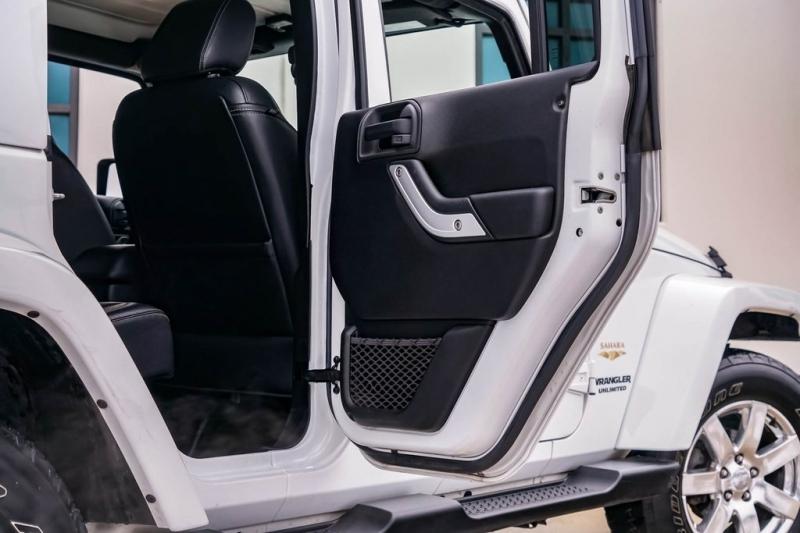 Jeep Wrangler 2015 price $27,980