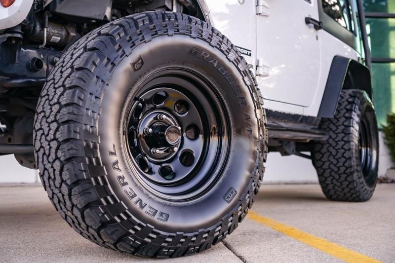 Jeep Wrangler 2011 price $17,980