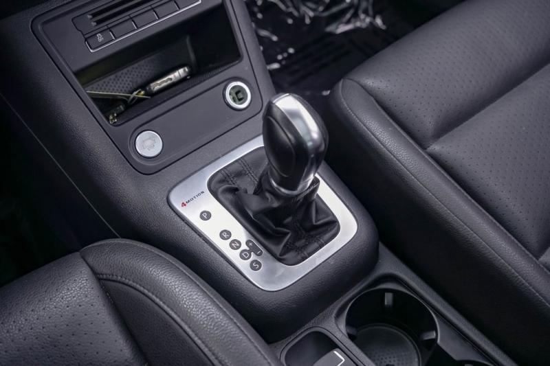 Volkswagen Tiguan 2014 price $8,980