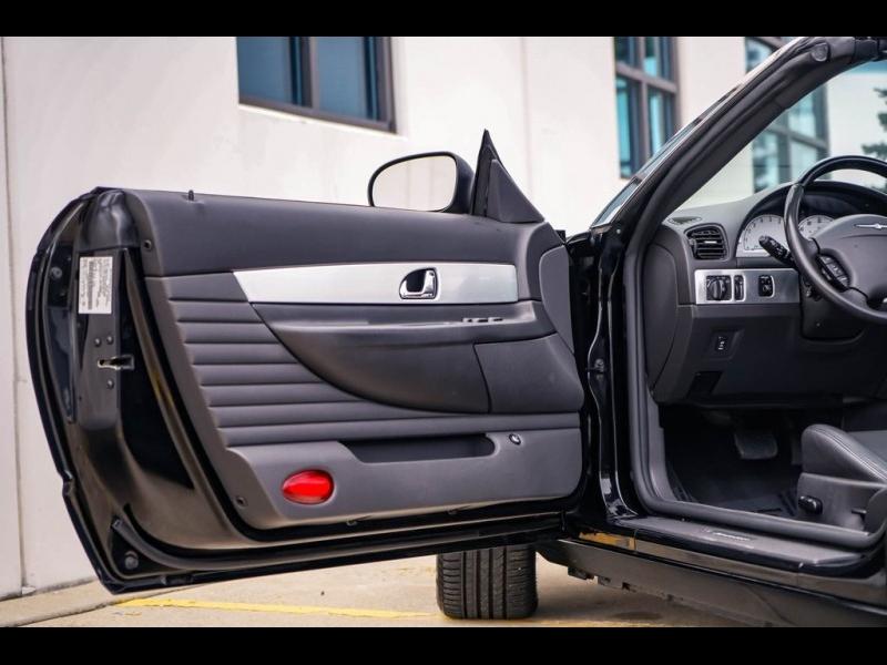 Ford Thunderbird 2002 price $13,980