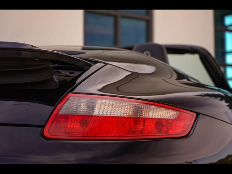 Porsche 911 2008 price $32,490
